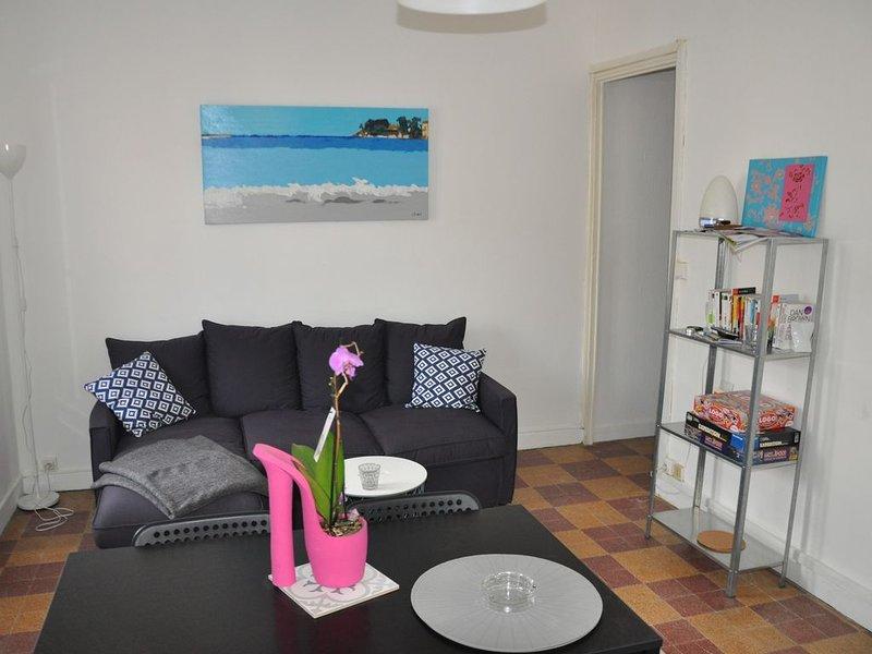appartement à louer, T2, proche port et mer, calme, Bandol, 2 à 4 personnes, vacation rental in Ile de Bendor