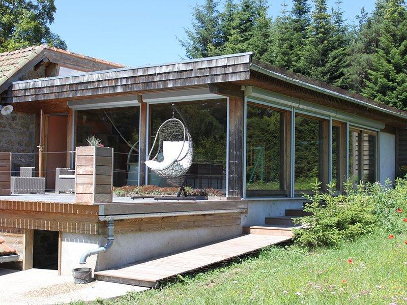 Une suite à la campagne, location de vacances à Saint-Bonnet-le-Froid