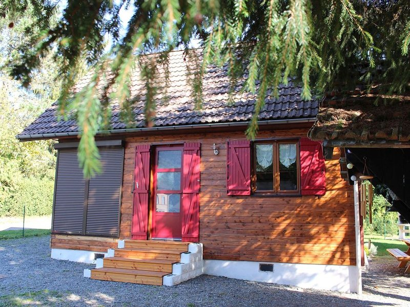 CHARMANT CHALET HAUTES-VOSGES, holiday rental in Husseren-Wesserling