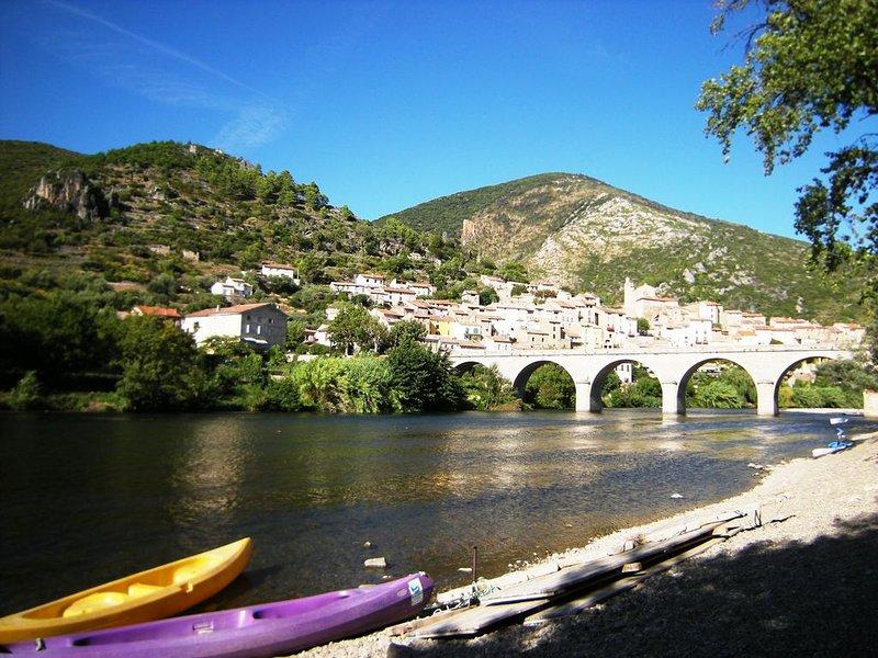 Un gite  exceptionnel , d'agrément de vie et d'accès aux  loisirs de la nature, holiday rental in Causses et Veyran