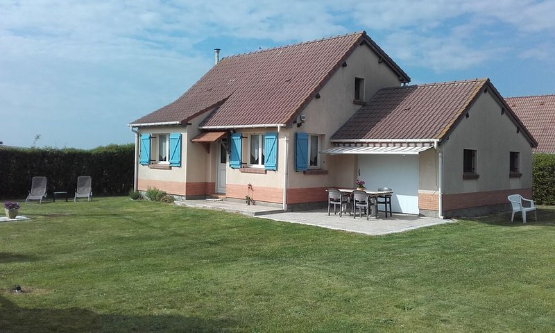 Maison de bord de mer, vacation rental in Mesnil-Val