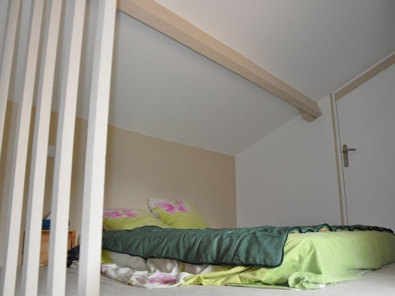bedroom 2 with 1 double bed