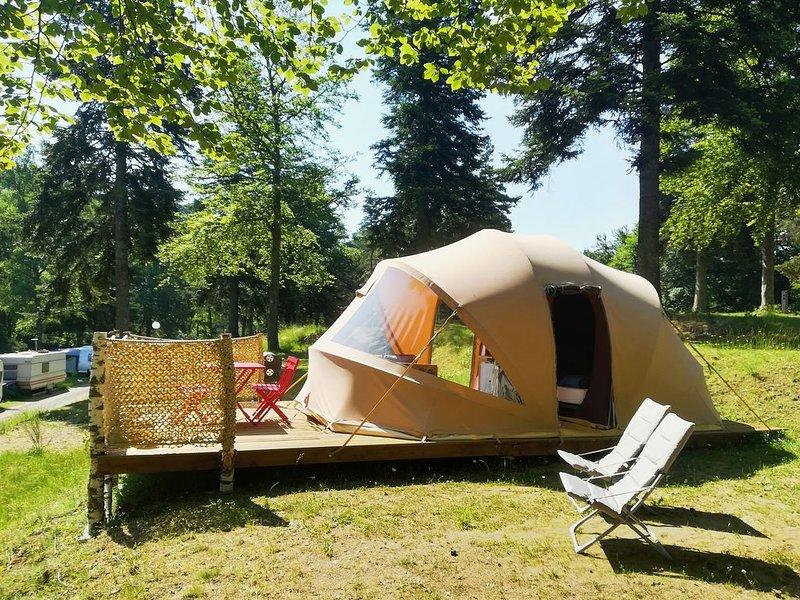 Tente Ecochique Camping Les Murmures du Lignon sans sanitaire, holiday rental in Tence