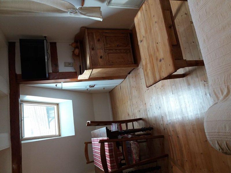 Appartement dans maison alsacienne, sud Strasbourg, holiday rental in Plobsheim