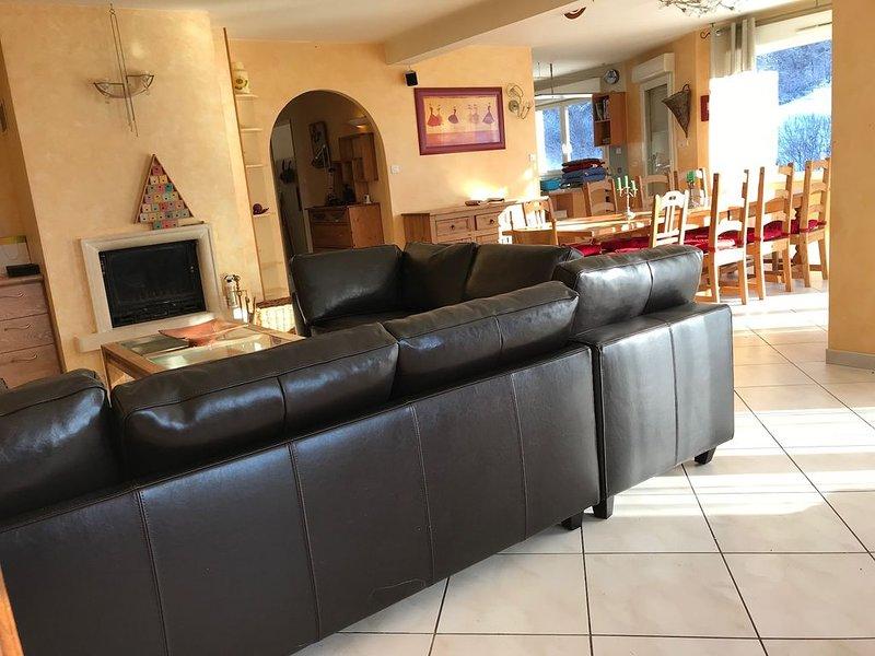 Gite d'une capacité de logement de 14 personnes à l'entrée de La Bresse ........, alquiler de vacaciones en La Bresse