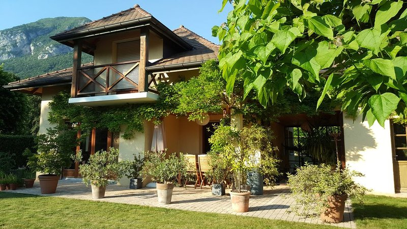 Maison à 300m du Lac Annecy -  7 personnes., location de vacances à Bluffy