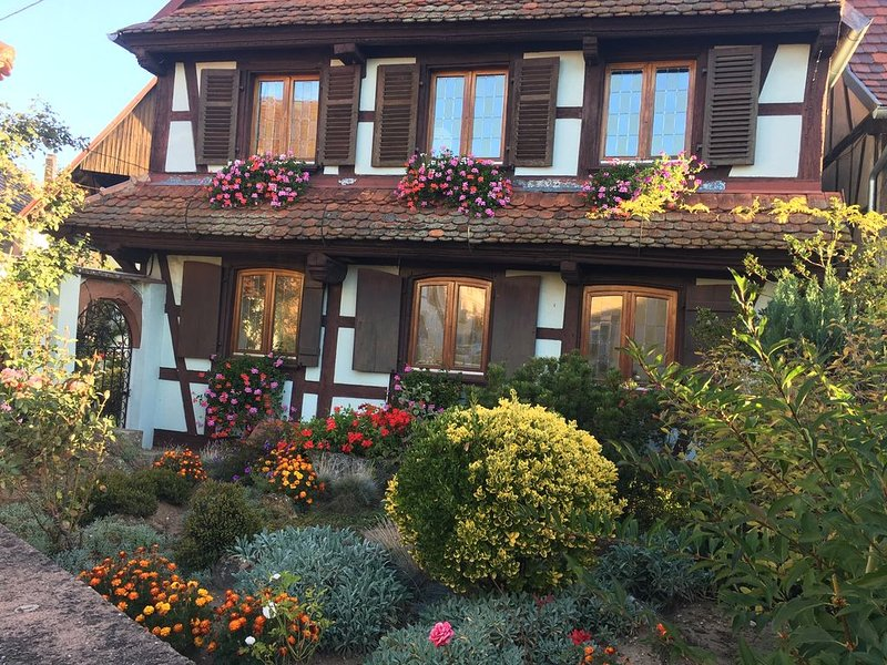 Logement dans corps de ferme Alsacien, casa vacanza a Lichtenberg