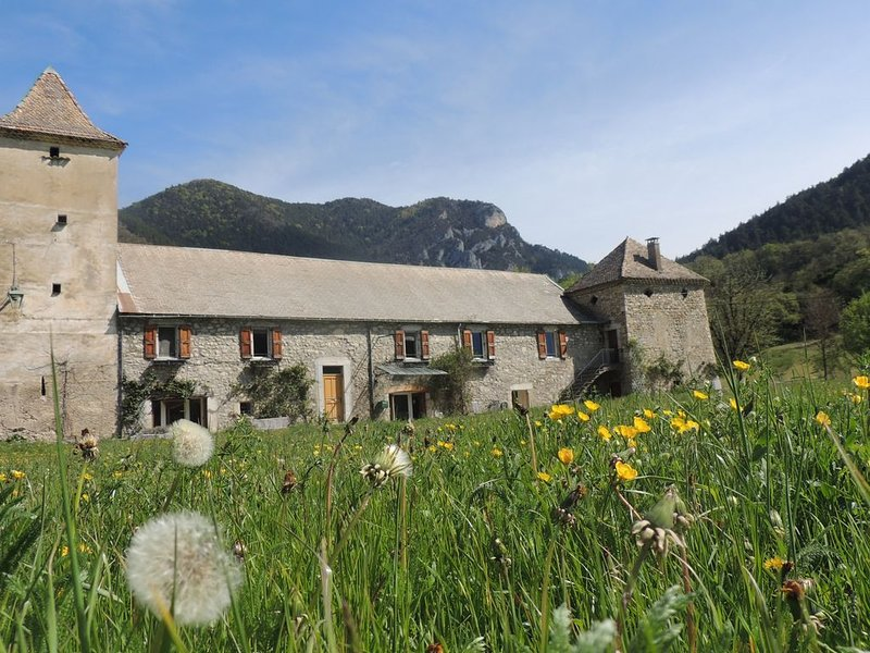 chambre d'hotes le colombier diois, holiday rental in Saint-Roman