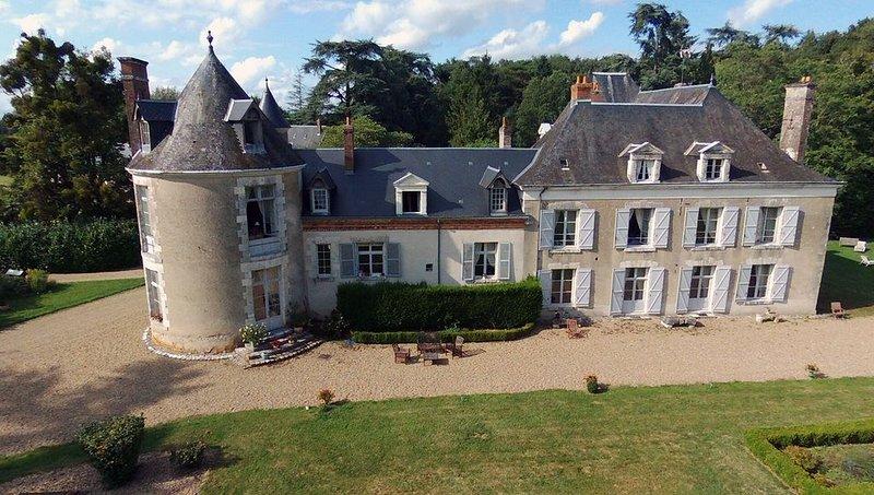 Le Plessis-Bourot, au coeur des Châteaux de la Loire, location de vacances à Chambon-sur-Cisse