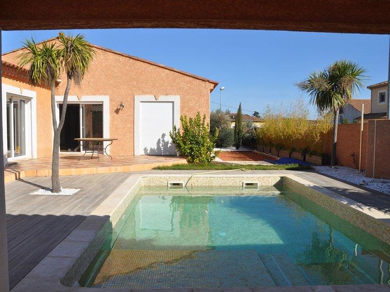 Villa 8 personnes avec piscine - jacuzzi privés, vacation rental in Lieuran-les-Beziers