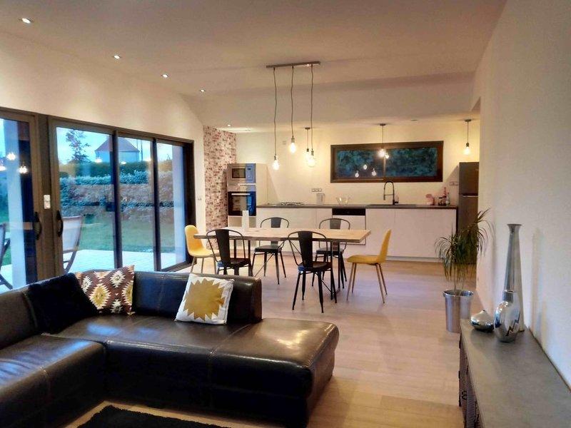 Nouveau Maison Neuve a 80 mètres de la mer , première saison de location., alquiler de vacaciones en Plouneour-Trez