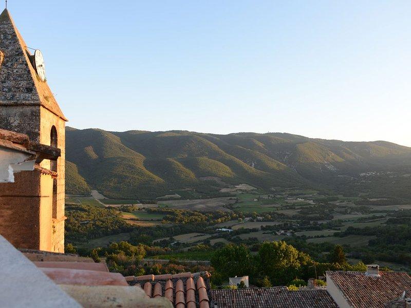 Grande maison de village Solarium - Terrasse, holiday rental in Castellet