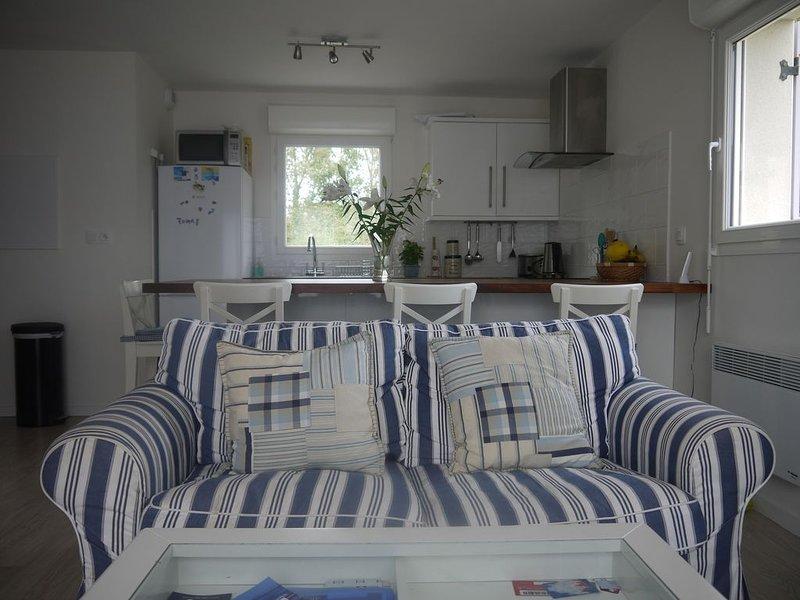 PROMO -20% Appartement 2ch  au rez-de-chaussée à 200m de la plage la plus proche, holiday rental in Doelan