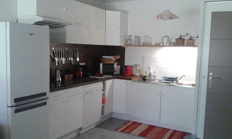 LOCATION SEMAINE, NUITEES, été-hiver à GUILLESTRE (porte du Queyras), holiday rental in Champcella