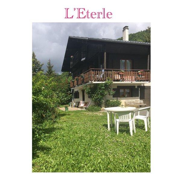 L'Eterle en Bauges : appartement en montagne, neige, ski, randonnées, détente..., holiday rental in Chamousset