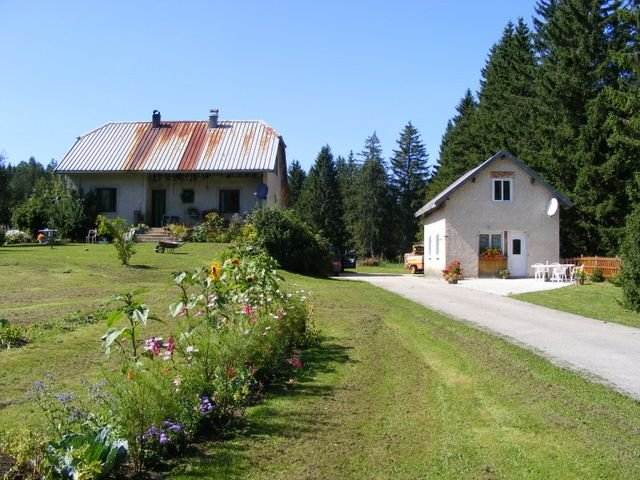 Maisonnette pour les amoureux de la nature, holiday rental in Chaux-Neuve
