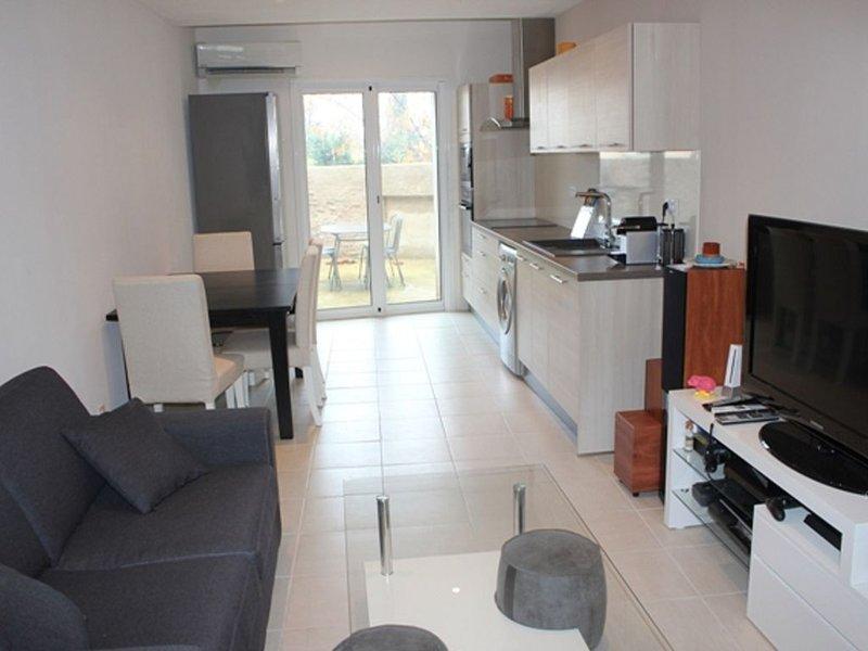 Agréable maison à 5 mn de Ceret / le boulou, holiday rental in Le Boulou