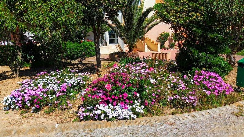 gardens of the residence