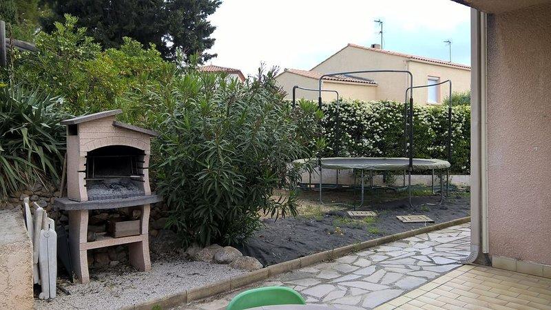 maison familiale au calme en périphérie de Montpellier, casa vacanza a Grabels