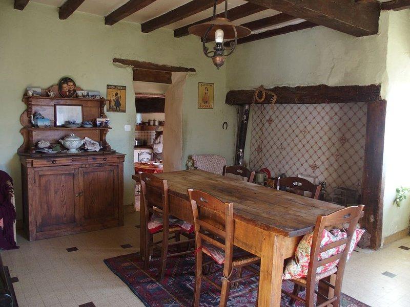 Ferme gasconne rustique et typique au coeur de la campagne gersoise, vacation rental in Saint-Puy