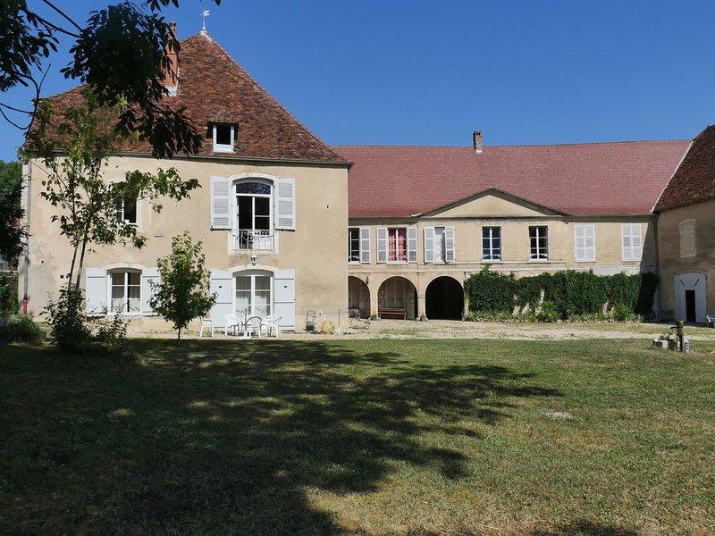 bienvenue pour un séjour au chateau, holiday rental in Salins-les-Bains