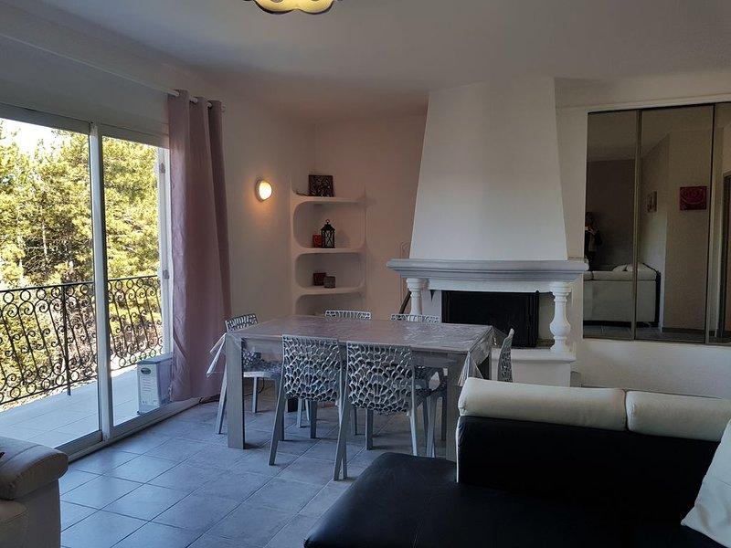 Appartement 95m2 vue sur le Lac, vacation rental in La Palud sur Verdon