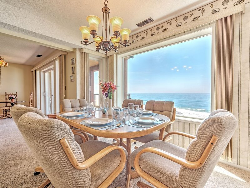 Condo #28 is VERY relaxing and the view breath taking!, holiday rental in Lincoln Beach