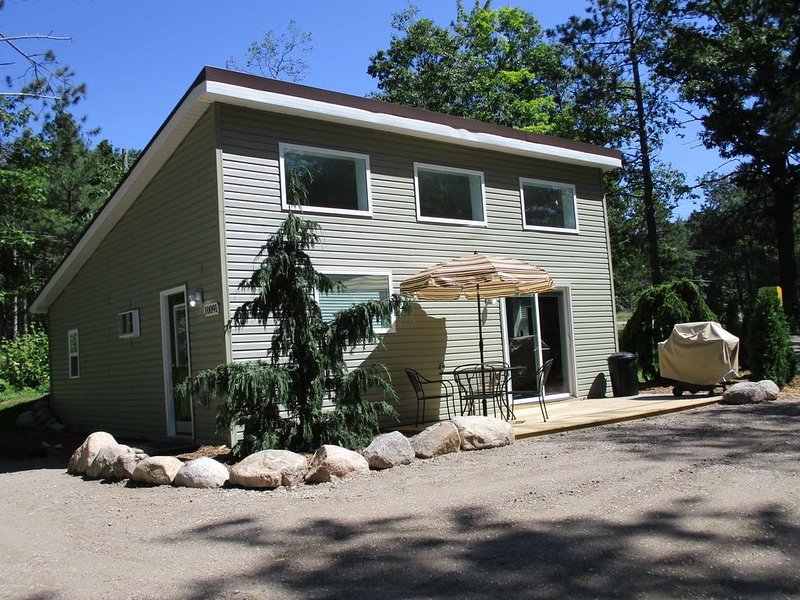TRAVERSE CITY, INTERLOCHEN, SLEEPING BEAR DUNES, holiday rental in Grawn