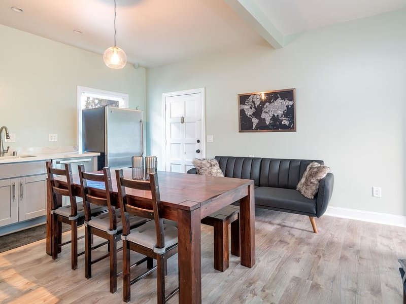 Luxury 3 BD Victorian Home Minutes to San Fransisco, holiday rental in Emeryville