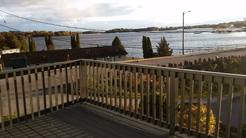 By The Rivers  a unique Apartment looking out the St.Lawrence River, vacation rental in Gananoque