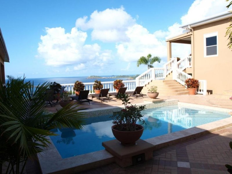 Spectacular 1 bedroom in Diamond Villa!, Ferienwohnung in Charlotte Amalie