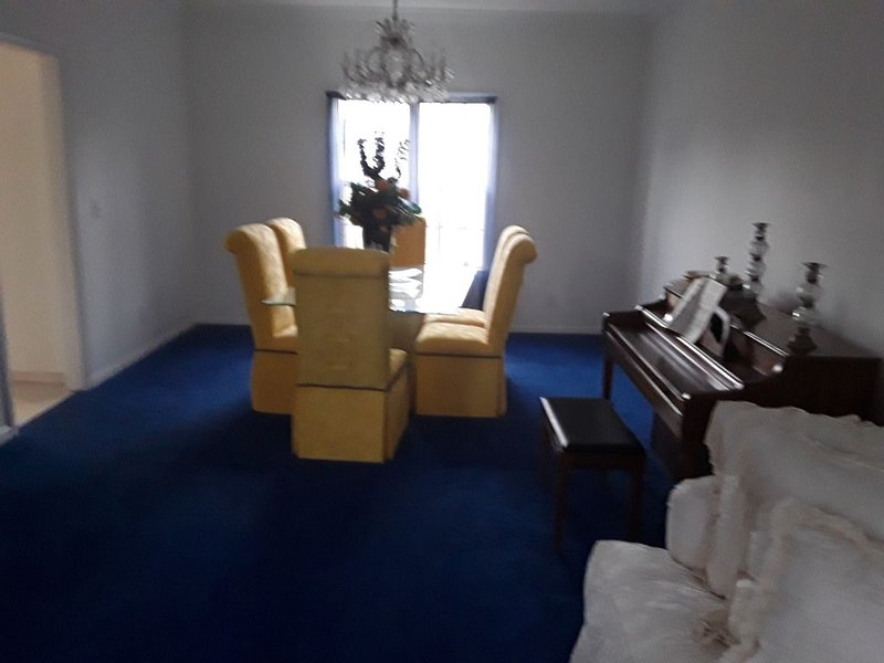 Peaceful Country Estate Home is equipped with lock box late or early arrival, holiday rental in Montgomery