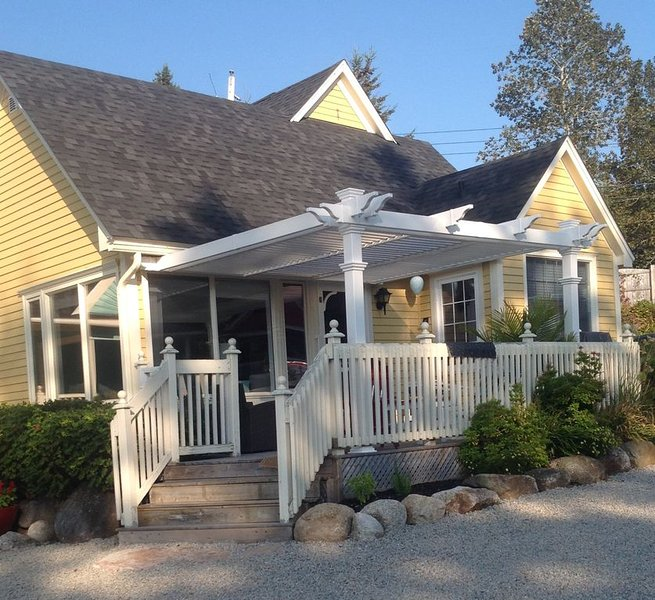 Oceanside Retreat  Hubbards Nova Scotia, vakantiewoning in Chester