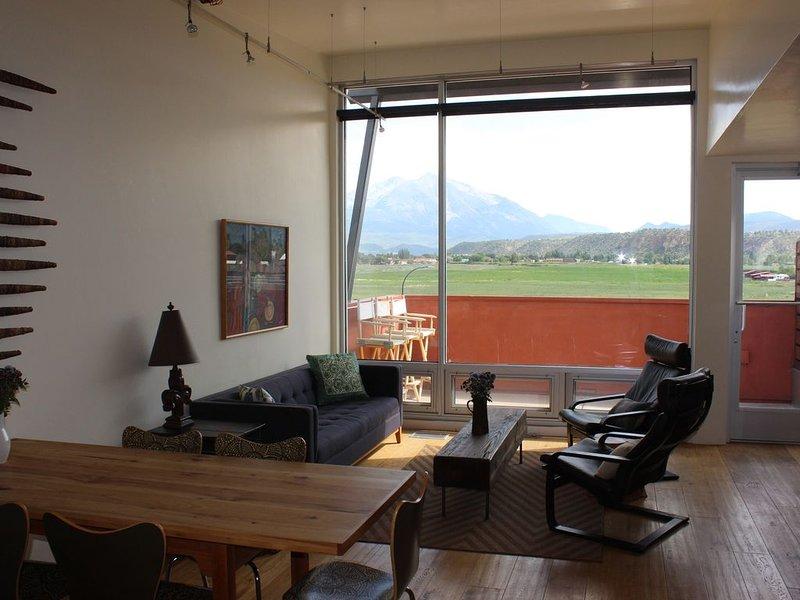 Contemporary Carbondale Loft, location de vacances à Carbondale