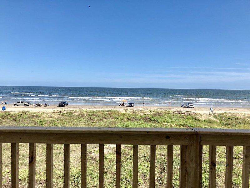 Beautiful Beach Front Home, alquiler de vacaciones en Freeport