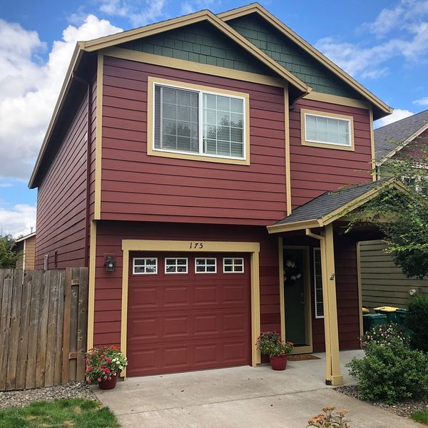 Troutdale/Portland, OR Home, holiday rental in Sandy