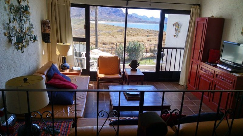 Beautiful Condo Pilar 1 bedroom, casa vacanza a San Carlos