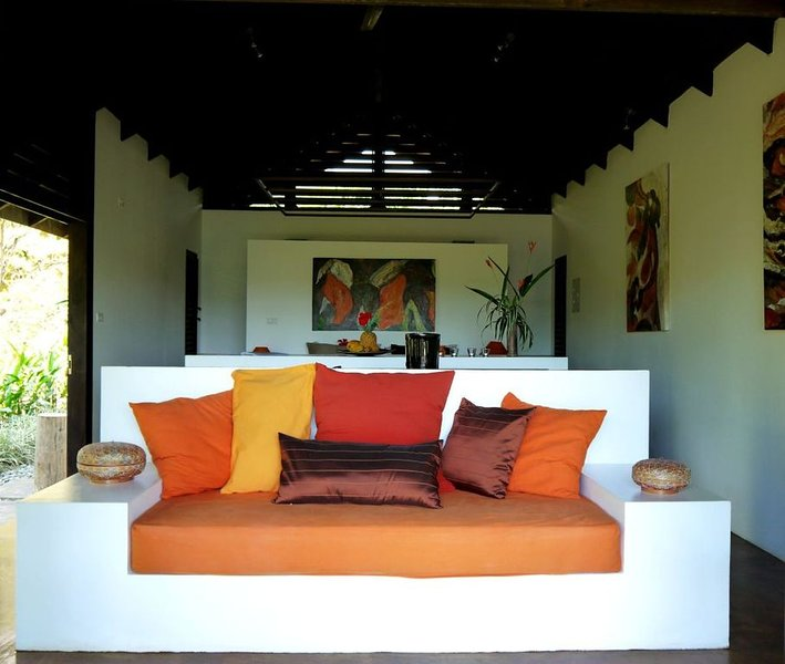Stylish Open Living, Garden Bathroom, Hideaway for Honeymooner and Nature lovers, alquiler de vacaciones en Uvita