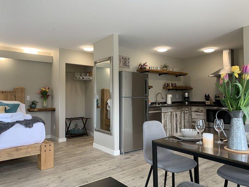 spacious open floor plan:)