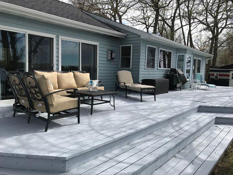 SUMMER BREEZE on crystal clear Paul Lake, alquiler vacacional en Detroit Lakes