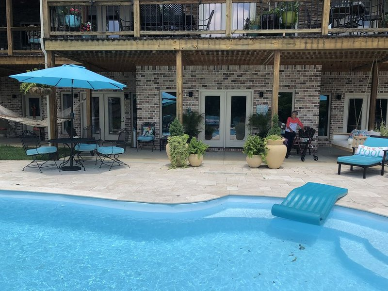 New Listing  - Paradise in the Shoals, holiday rental in Rogersville