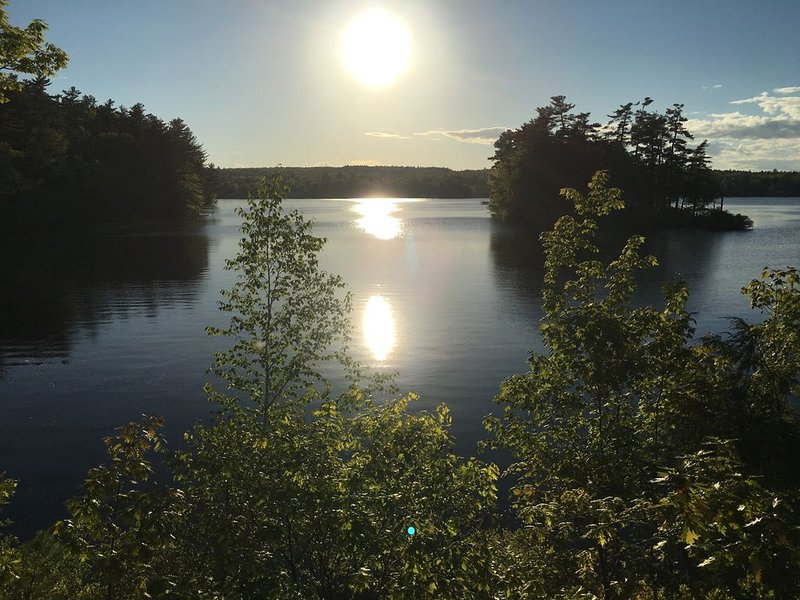 Private 4 bedroom Cumberland Lake House, holiday rental in Yarmouth