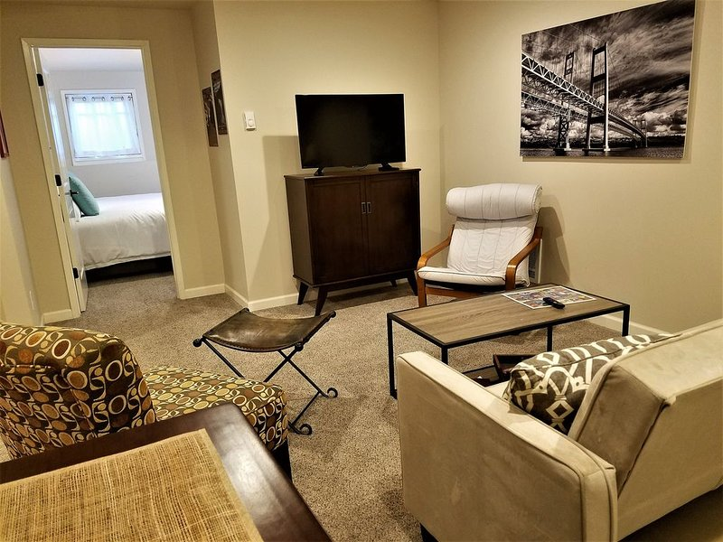 You're close to everything at The Heart of the Harbor, holiday rental in Ruston