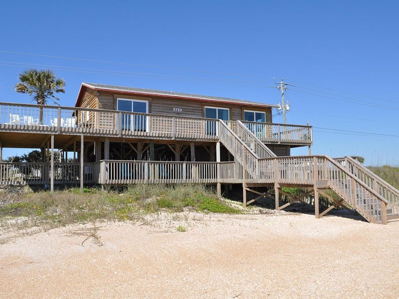 VRBO ON THE BEACH         Beach Home on the beach  2BR/2BA, sleep 4-6, holiday rental in Villano Beach