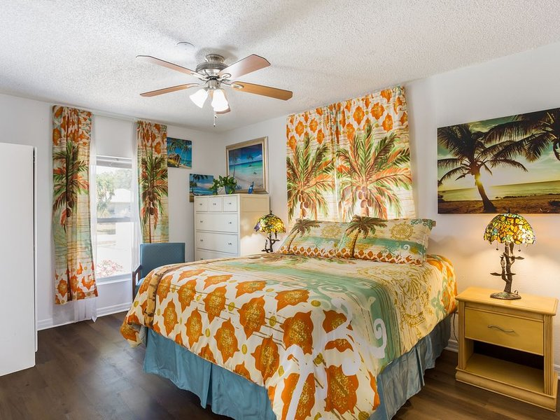 YOU HAVE A VACATION DREAM? WE CAN MAKE IT A REALITY IN A TROPICAL PARADISE, holiday rental in Seminole
