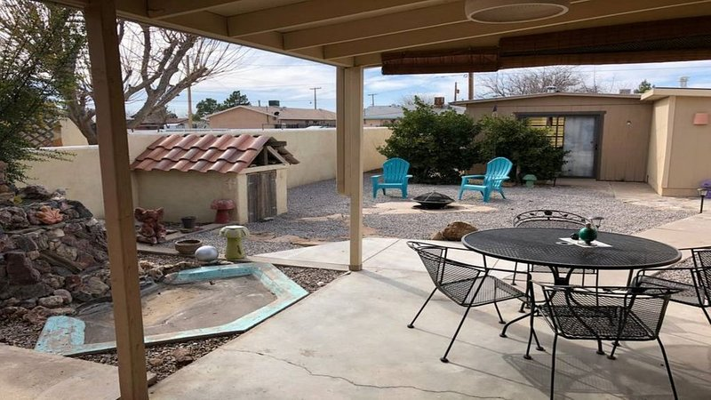 Cute, Cozy, and Spacious home, location de vacances à Sierra County