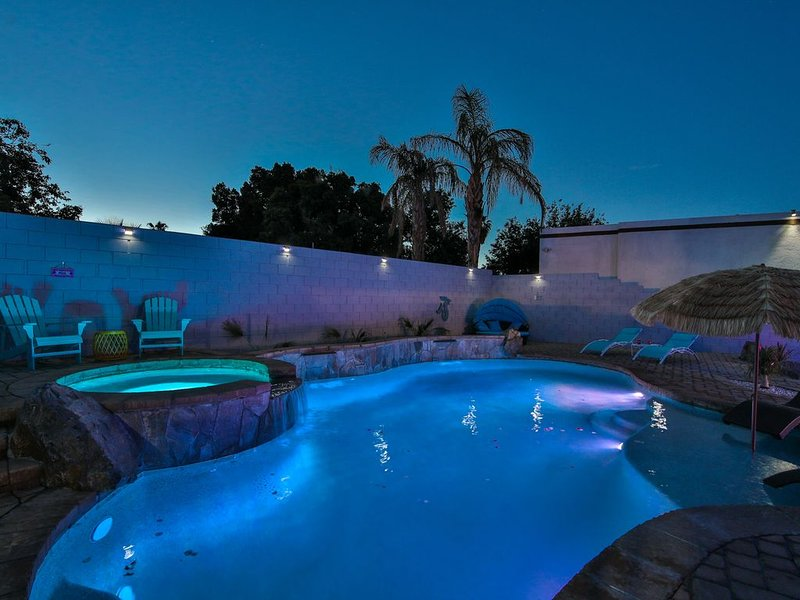 MODERN GETAWAY PALM SPRINGS, holiday rental in Cathedral City