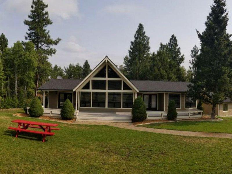A true Montana getaway featuring  beautiful scenery, peace and quiet., location de vacances à Stevensville