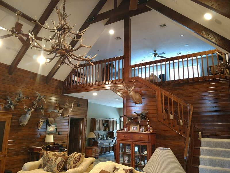 Landry Ranch Vacation Home, holiday rental in Franklin