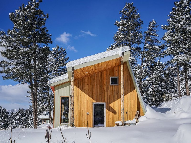Award winning Passive House on secluded mountainside, vacation rental in Drake